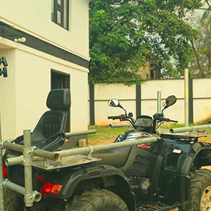 Quad tracking vehicle